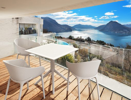 Sky Table Lifestyle